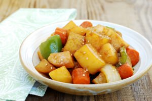 Gamja jorim (Soy braised potatoes)