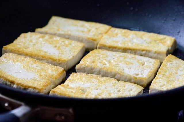 DSC3306 640x427 - Dubu Jorim (Braised Tofu)