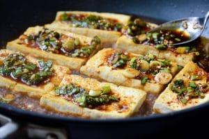 Braising Korean tofu