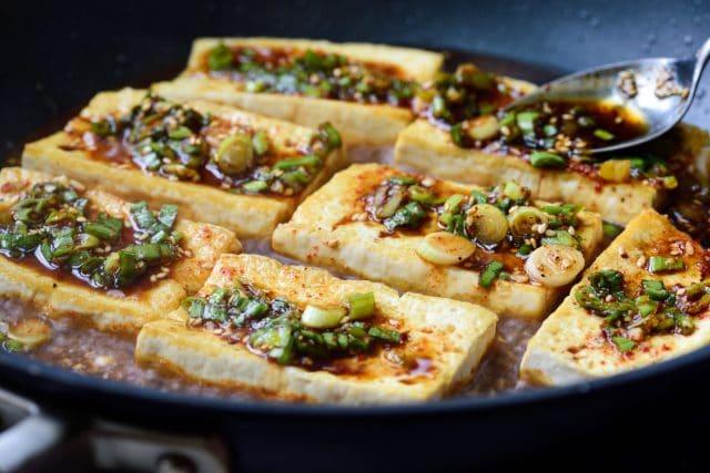 DSC3317 640x427 - Dubu Jorim (Braised Tofu)