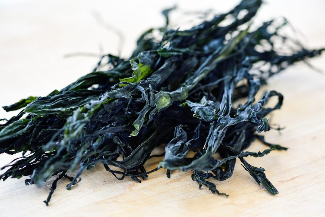 DSC9506 01 2 e1619021390728 - Miyeok Guk (Beef Seaweed Soup)