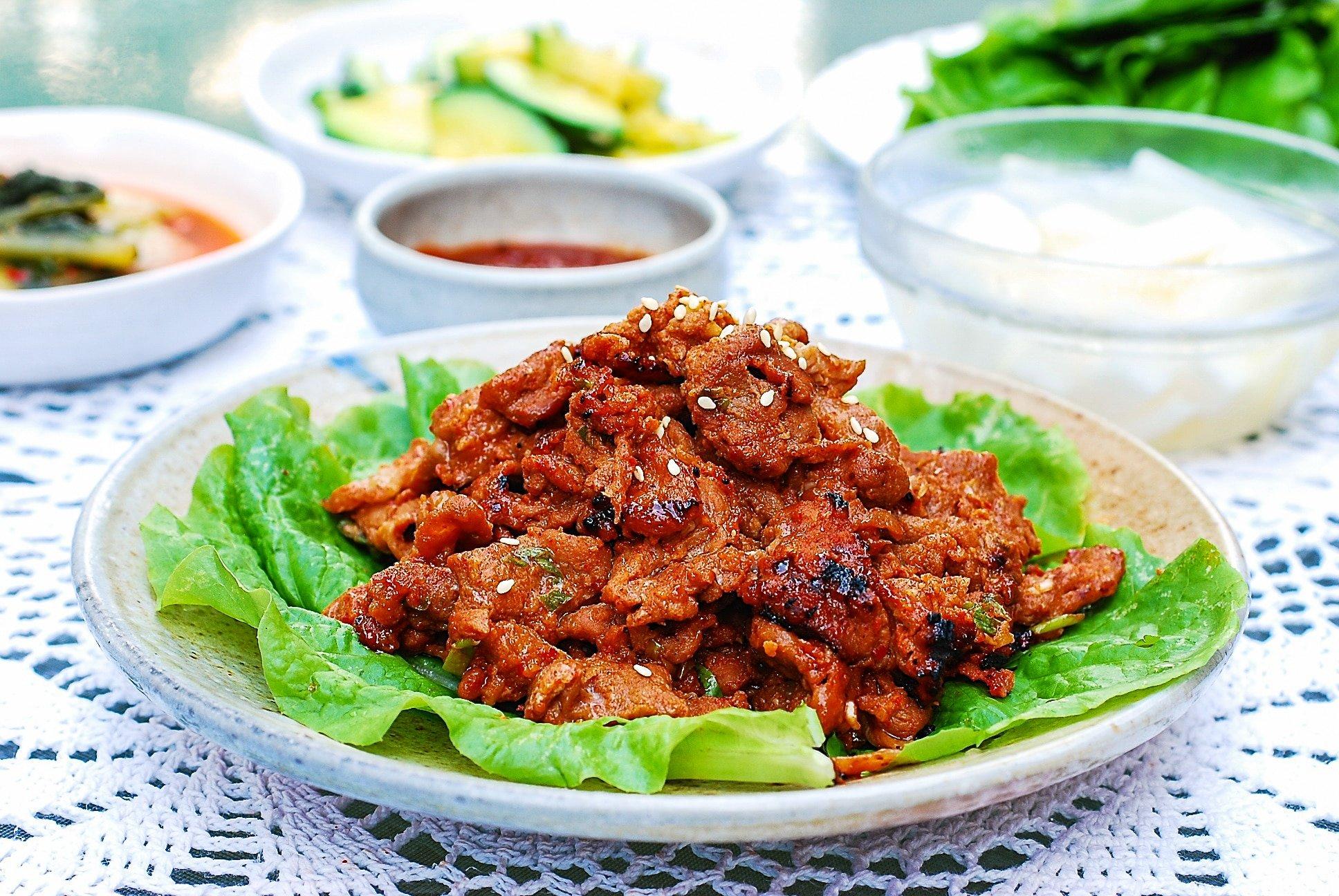 DSC 1830 2 1 - Jeyuk Bokkeum (Spicy Pork BBQ)