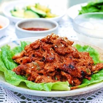 DSC 1830 350x350 - Jeyuk Bokkeum (Spicy Pork BBQ)