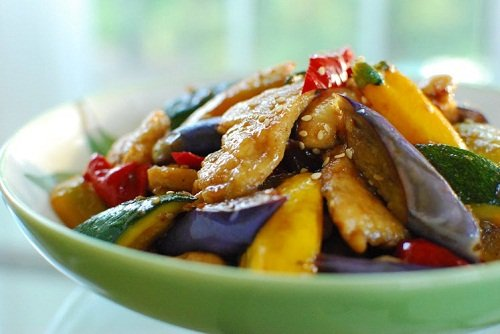 stir fried chicken and vegetables 2 - Dak Yachae Bokkeum (Stir-fried Chicken and Vegetables)