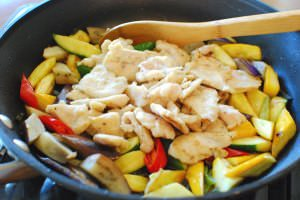 stir fried chicken and vegetables6 300x200 - Dak Yachae Bokkeum (Stir-fried Chicken and Vegetables)