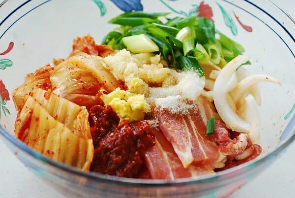 Dubu kimchi (Tofu kimchi)