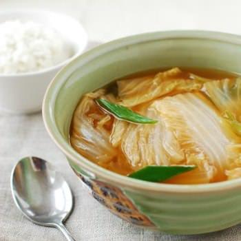 Baechu 2BDoenjang 2BGuk 350x350 - Baechu Doenjang Guk (Soybean Paste Soup)