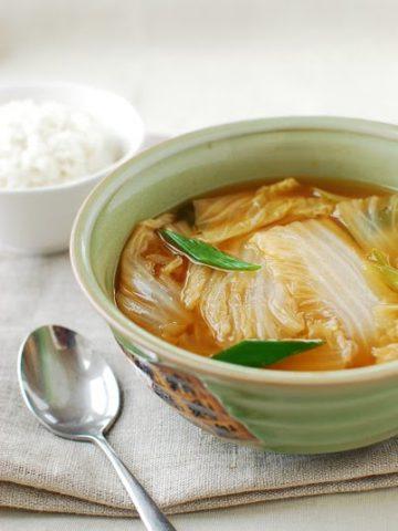 Baechu 2BDoenjang 2BGuk 360x480 - Baechu Doenjang Guk (Soybean Paste Soup)