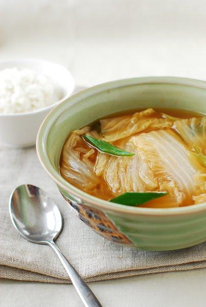 Baechu 2BDoenjang 2BGuk - Baechu Doenjang Guk (Korean Soybean Paste Soup with Napa Cabbage)
