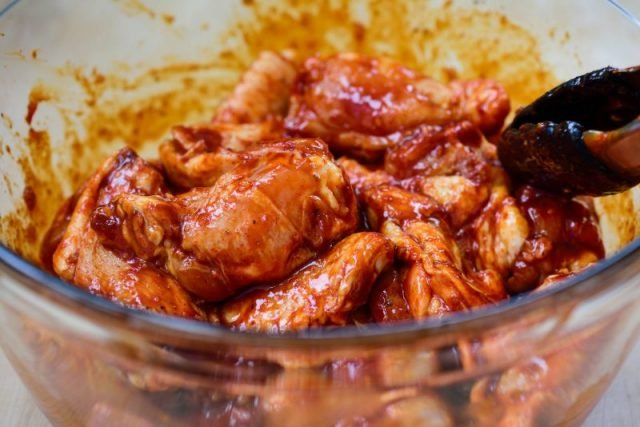 DSC7769 3 e1612740978886 640x427 - Baked Chicken Wings