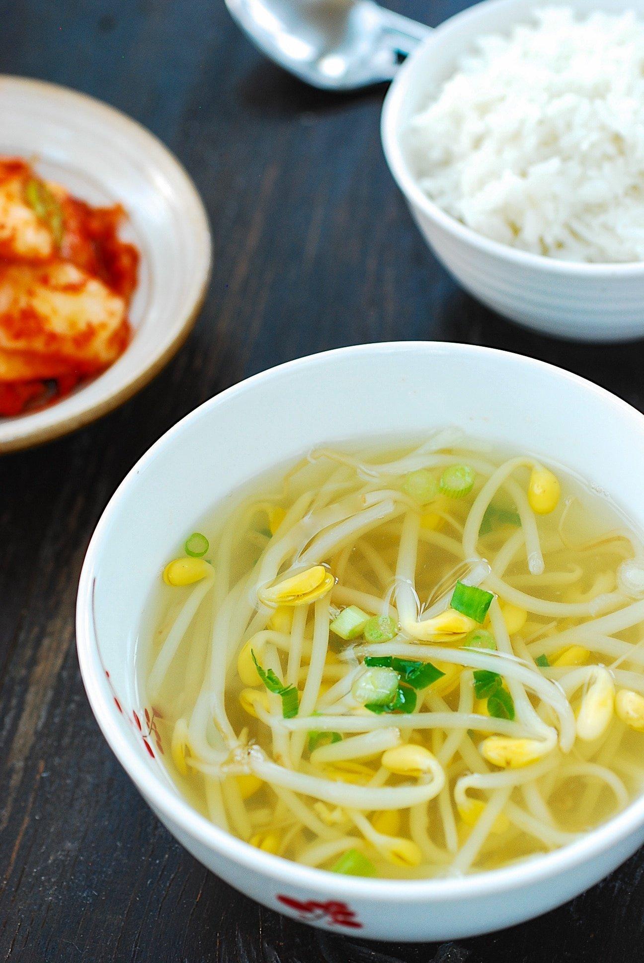 DSC 1896 2 - Kongnamul Guk (Soybean Sprout Soup)