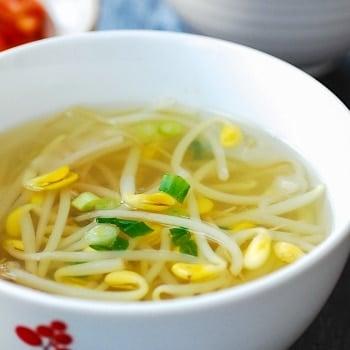 DSC 1933 2 350x350 - Kongnamul Guk (Soybean Sprout Soup)