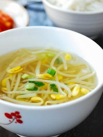 Soybean sprout soup recipe