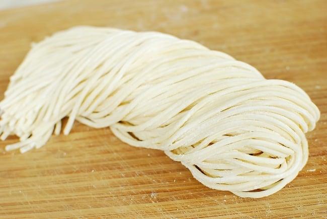 DSC 0044 e1539058258108 - Jjamppong (Spicy Seafood Noodle Soup)