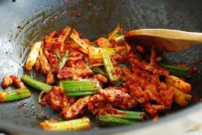 jjambbong4 e1539058614150 - Jjamppong (Spicy Seafood Noodle Soup)