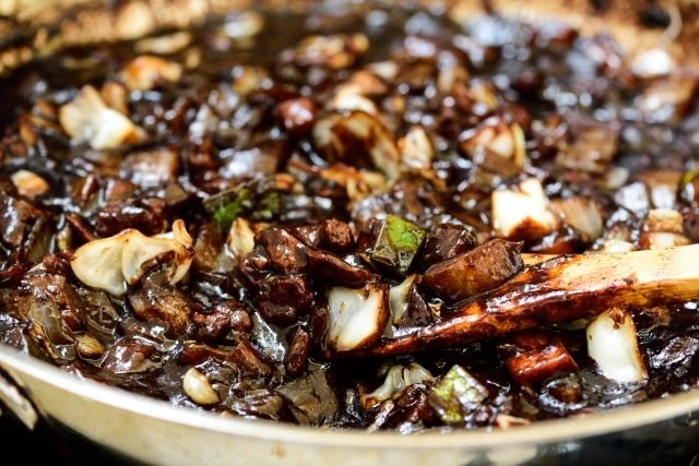 DSC1740 640x427 - Jajangmyeon (Noodles in Black Bean Sauce)