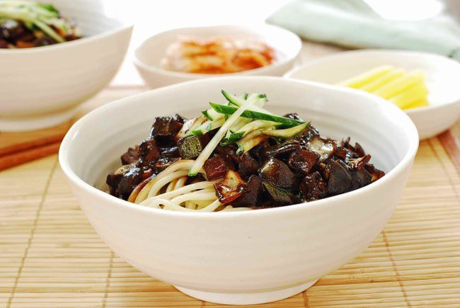 Korean-Chinese Noodles in black bean sauce