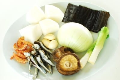 Anchovy 2BBroth 2B9 e1570425868828 - Anchovy Broth for Korean Cooking