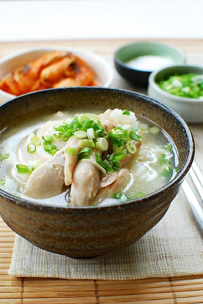 DSC 1134 e1537069701197 - Dak Gomtang (Korean Chicken Soup)