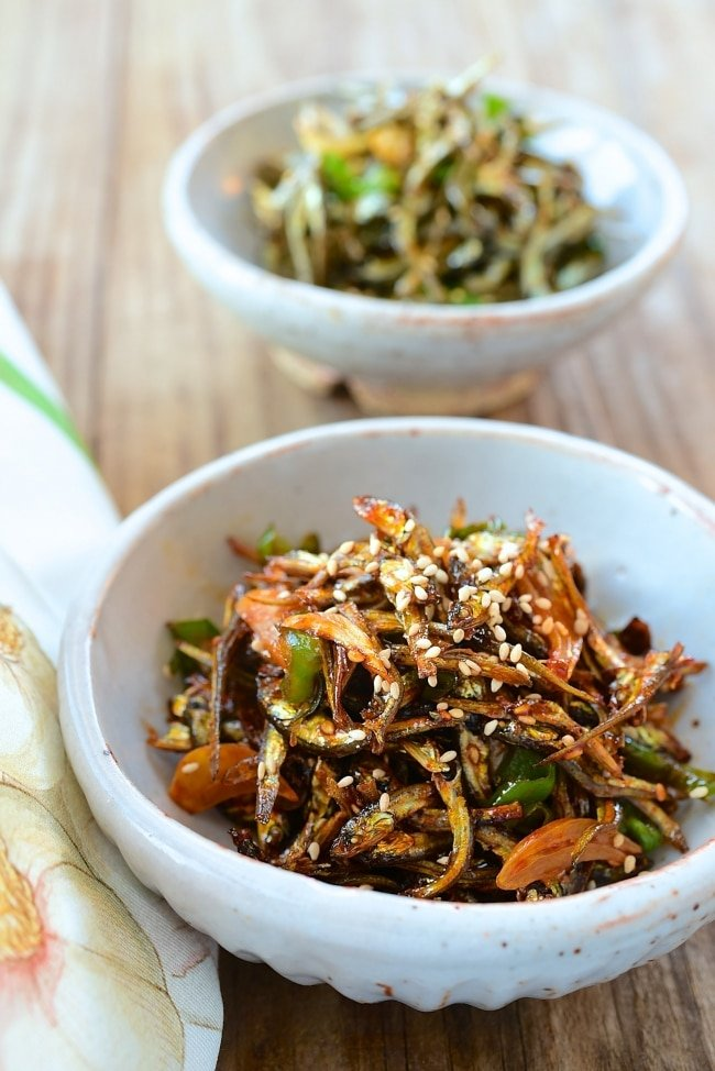 Myulchi Bokkeum (Stir-fried Anchovies) - Korean Bapsang
