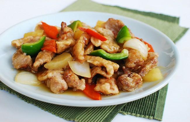 Tangsuyuk sweet and sour beef or pork korean bapsang tangsuyuk sweet and sour pork forumfinder Images