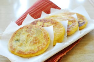 Hotteok (Korean Sweet Stuffed Pancakes)