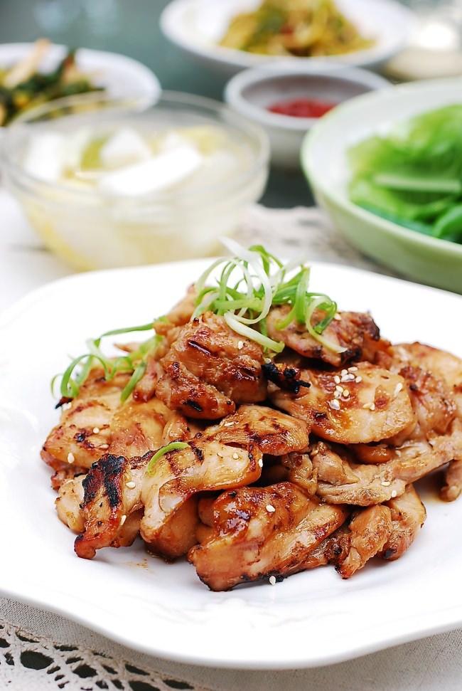 Dak Bulgogi (Korean BBQ Chicken)