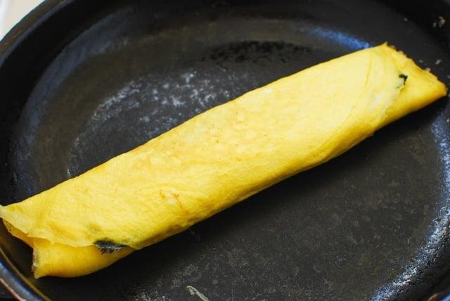DSC 0237 640x428 - Gyeran Mari (Rolled Omelette) with Seaweed