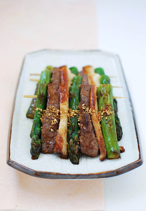 sanjeok recipe 2 - Sanjeok (Skewered Beef with Asparagus and Mushrooms)