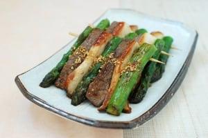sanjeok recipe 300x200 - Sanjeok (Skewered Beef with Asparagus and Mushrooms)