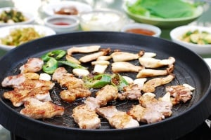 Grilled pork belly (Samgyupsal gui)