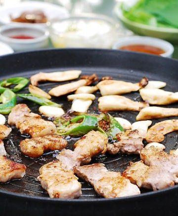 Grilled pork belly (Samgyupsal gui)