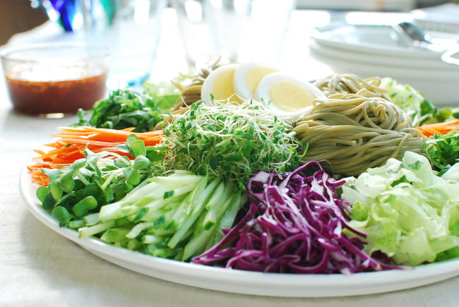 cold noodles with vegetables