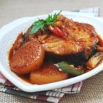 Daegu Jorim (Soy Braised Cod Fish with Radish)