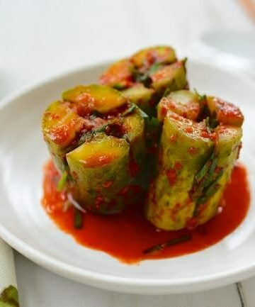 Oi Sobagi (Korean stuffed cucumber kimchi)