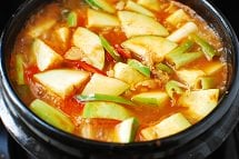 Hobak Gochujang Jjigae 5 - Gochujang Jjigae (Gochujang Stew with Zucchini)