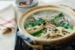 Mushroom hot pot (Beoseot jeongol)