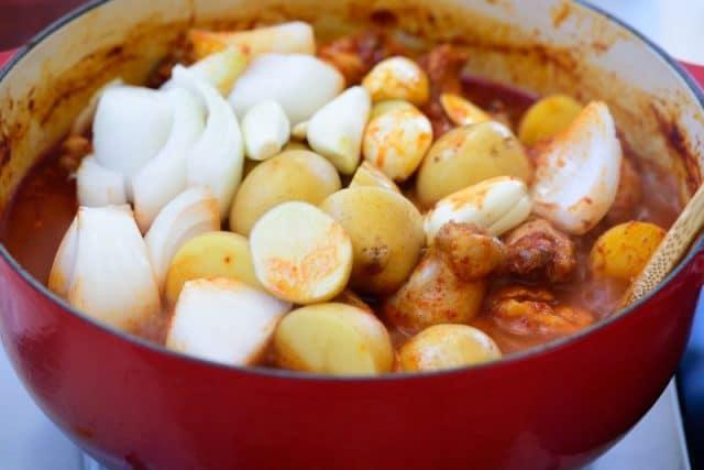 DSC7043 e1611554937161 640x427 - Dakdoritang (Spicy Chicken Stew)