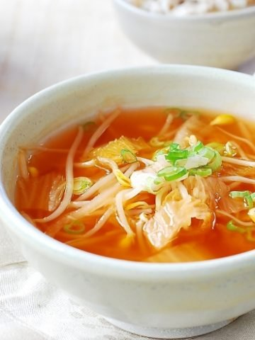 kimchi soybean sprout soup