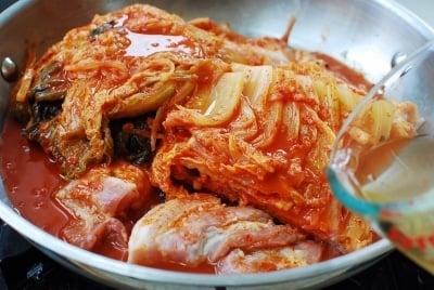 Kimchi jjim (braised kimchi with pork)