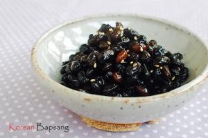 Kongjang (Soy Braised Soybeans)