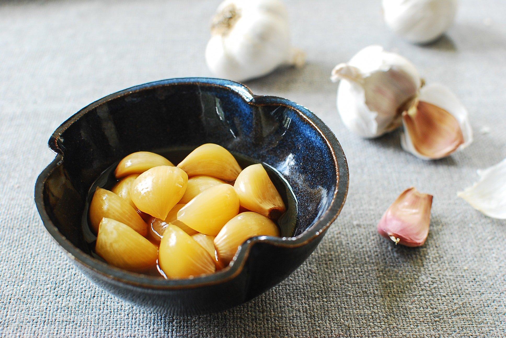 DSC 1715 1 - Pickled Garlic (Maneul Jangajji)