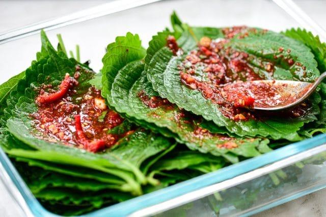 DSC1645 640x427 - Kkaennip Kimchi (Perilla Kimchi)