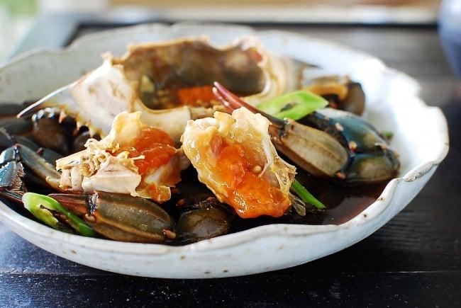 Ganjang gejang recipe (Soy marinated raw crabs)
