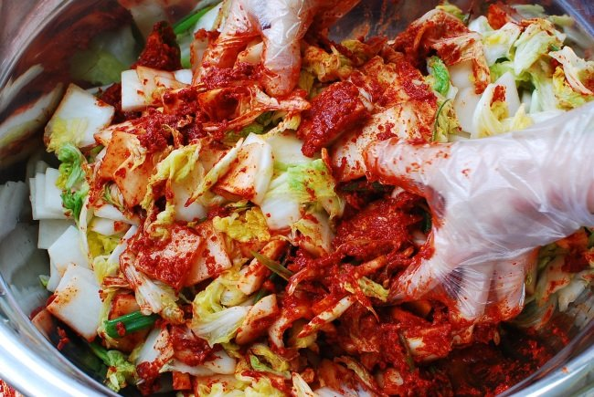 Easy kimchi recipe authentic and delicious korean bapsang mak kimchi forumfinder Images
