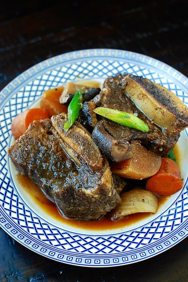 DSC 2796 e1484194231237 - Slow Cooker Galbijjim (Korean Braised Short Ribs)