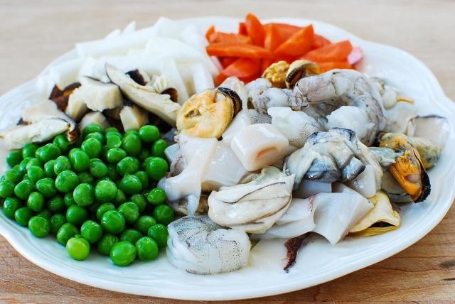 DSC 4080 640x428 - Haemul Bap (Seafood Rice Bowl)