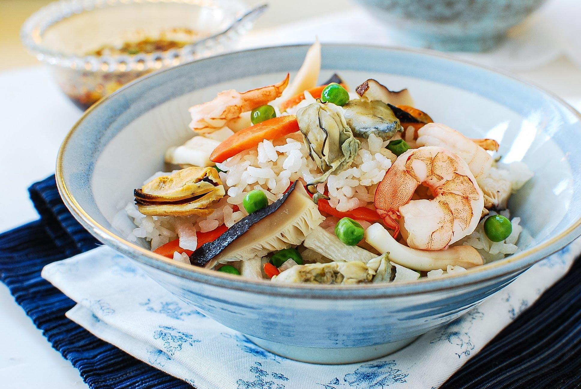 DSC 4150 2 - Haemul Bap (Seafood Rice Bowl)