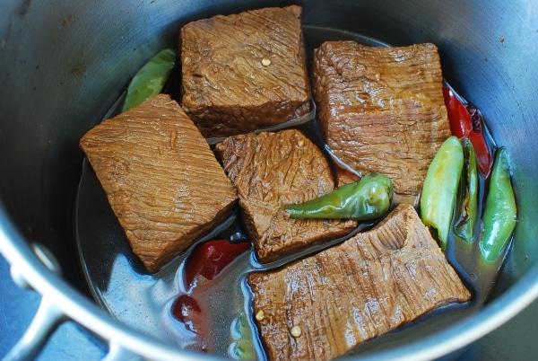 Jangjorim (soy braised beef)