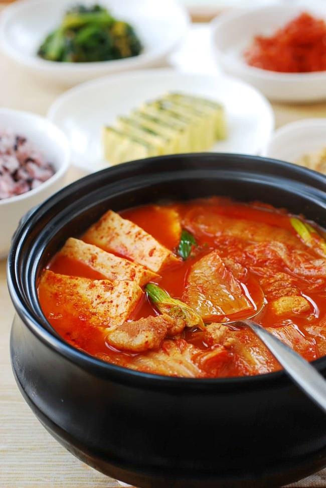 DSC 5121 e1454132514948 - Kimchi JJigae (Kimchi Stew)